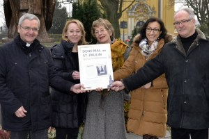 v.l.n.r Pastor Waldorf, Silvia Guenther, Waltraud Jammers, Hiltrud Zock, Peter Schmitz, Foto: Agenturhaus - 5VIER