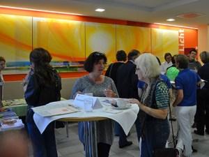 In den Pausen konnten sich die Teilnehmer untereinander austauschen und beraten lassen. Foto: Hanna Boßmann - 5VIER