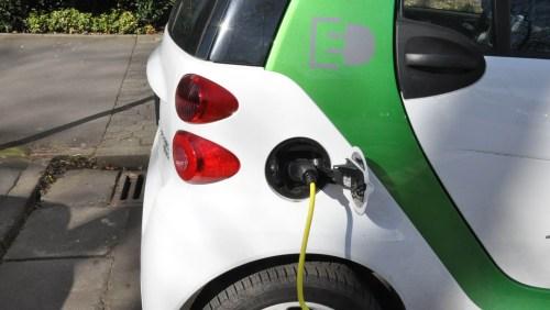 Elektroauto_5vier (3)