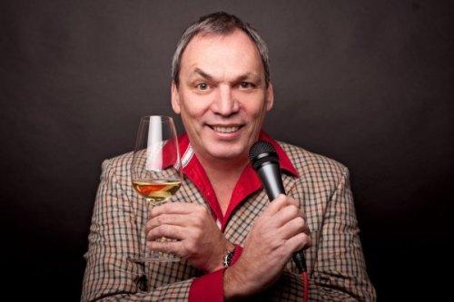 Moderator und Weinmundwerker Foto: Thomas Vatheuer
