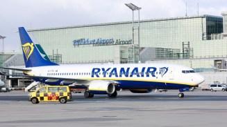 Unbeeindruckt vom ganzen Drama: eine Boeing 737-800 von Ryanair