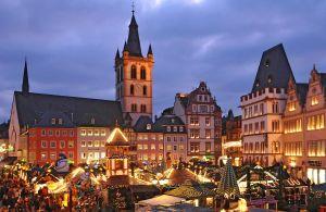 Foto: Trierer Weihnachtsmarkt - 5VIER