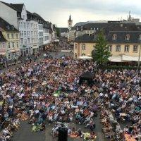Zuschauer bei Picknickkonzert 2016, Foto: ttm – Trier Tourismus und Marketing  - 5VIER