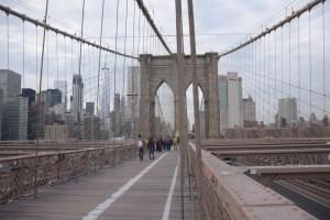 Die Brooklyn Bridge von 1883