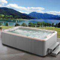 SwimSpa - Training & Massage in Einem © ARMSTARK Handels GmbH Deutschland - 5VIER