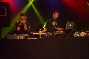 Bringt den Untergrund in den Untergrund: Eloquent, unterstützt vom großartigen DJ Saje