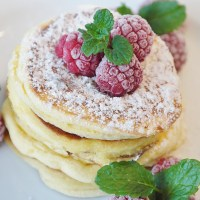 Himbeer-Vanille-Pfannkuchen