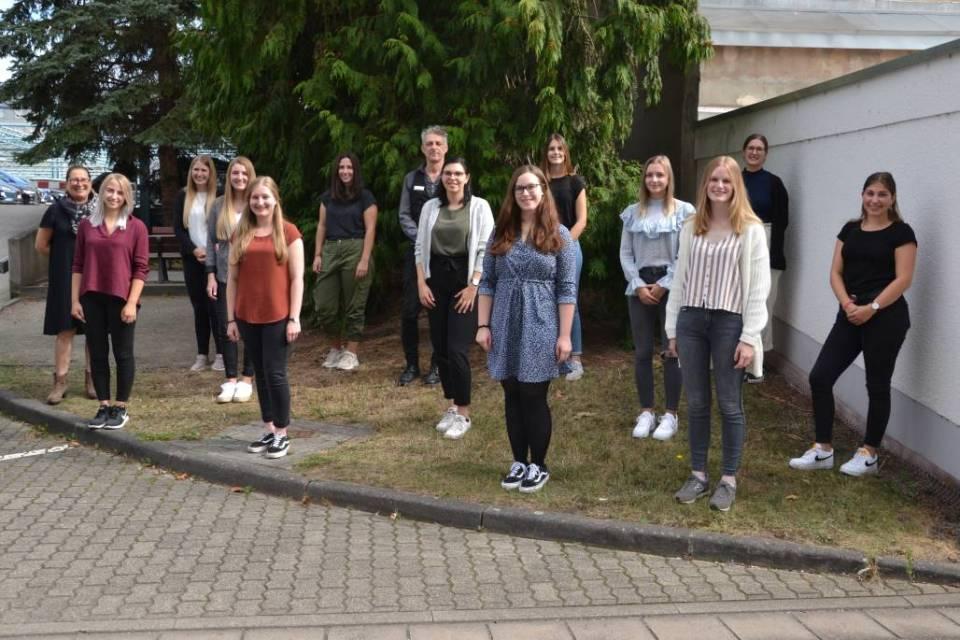 Klinikum Mutterhaus übernimmt 40 Absolventen