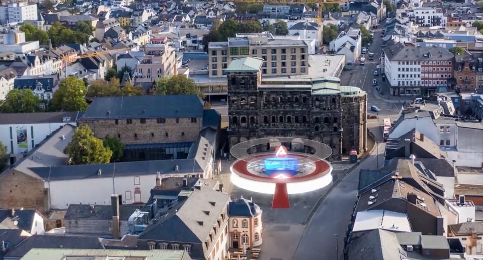 Die Veranstalter der FUTURE 2.0 platzierten die virtuelle Messe-Arena direkt vor das Trierer Wahrzeichen, die Porta Nigra, Bild: Agentur für Arbeit Trier