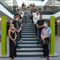 Das regionale Schreinerhandwerk begrüßt 28 junge Damen und Herren, die ihre dreijährige Ausbildung erfolgreich abgeschlossen haben. Bildquelle: Schreinerinnung Trier-Saarburg