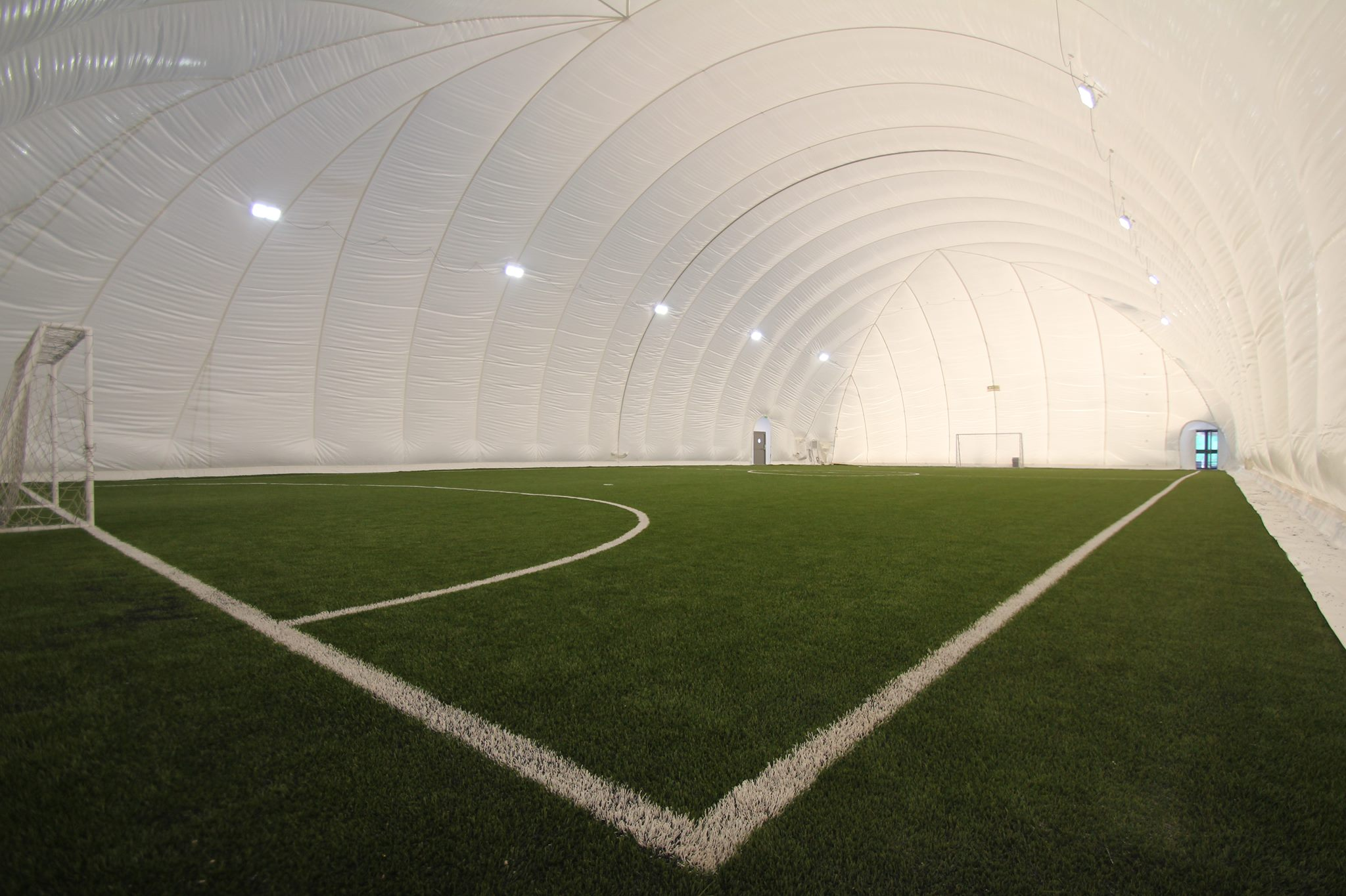Kick Indoor Football In Winter With Air Dome In Amman 6 Yard