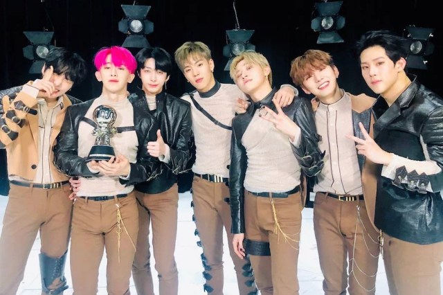 """Watch: MONSTA X Grabs 3rd Win For """"Alligator"""" On """"M Countdown""""; Performances By ITZY, Ha Sung Woon, And More"""