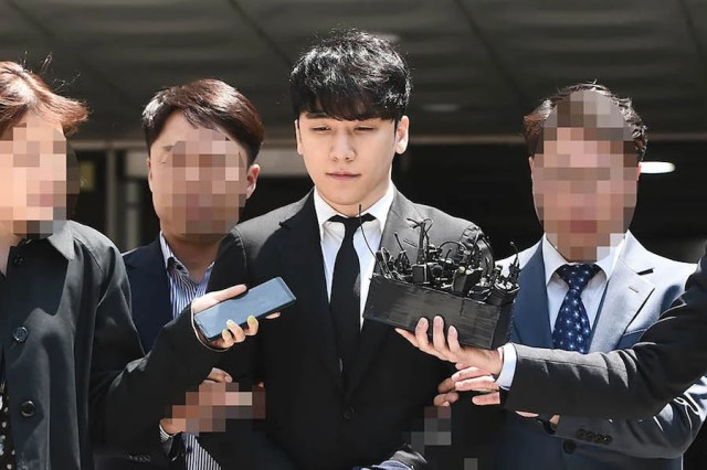 Seungri Forwarded To Prosecution On 7 Charges