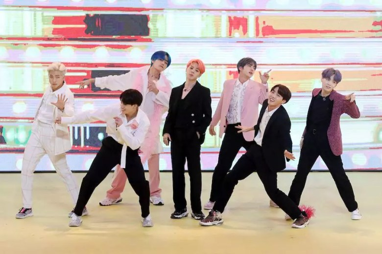 """BTS's """"Boy With Luv"""" Featuring Halsey Breaks Record For Korean Groups As It Rises On Billboard's Pop Songs Chart"""