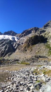 Le Glacier Blanc et le refuge (sur la droite)