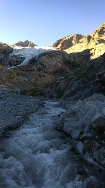 Le Glacier Blanc et son torrent