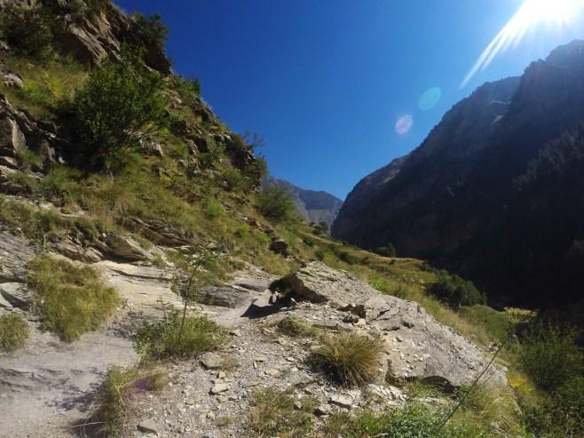 Sentier vers la cabane du Pré d'Antoni