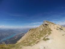Le lac de Serre-ponçon en contre-bas