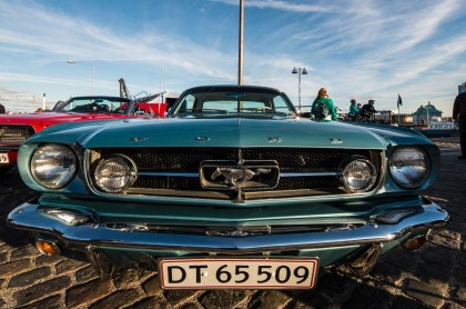 Maybe THE american classic car: Ford Mustang, and very beautiful at that.