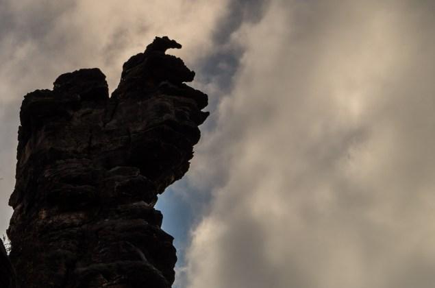 Felsnadel im Tal der Biela kurz vor tschechischen Grenze in der sächsischen Schweiz