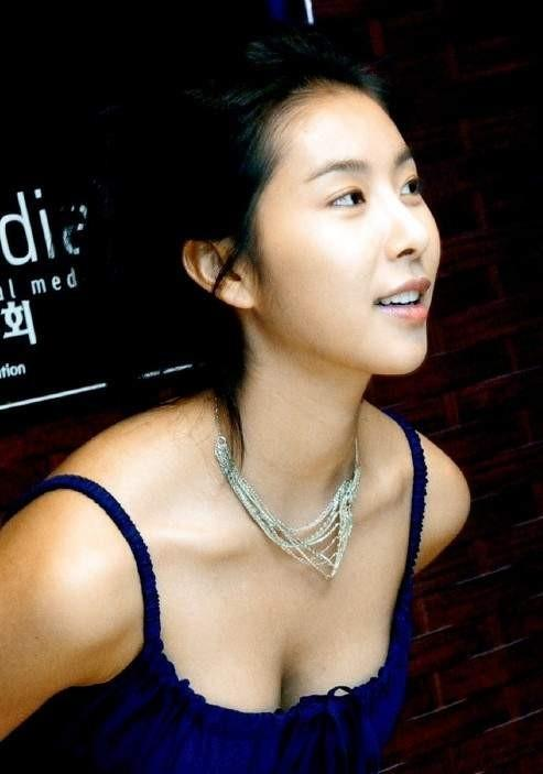 Han Eun-Jung,Han Eun-Jeong,Full House,Ghastly ,The Divine Weapon,Two Guys,Cinderella Man,Wonderful Life,Golden Cross,The Divine Weapon,한은정,