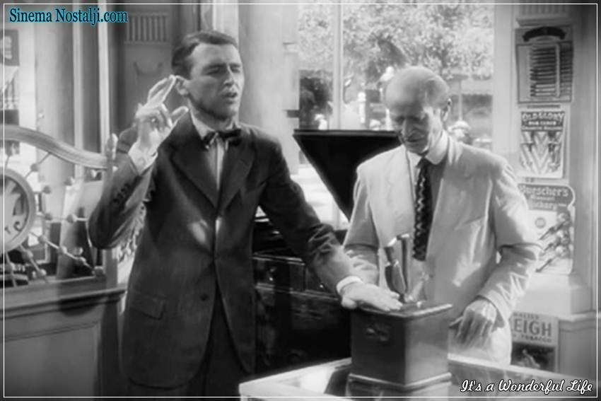 James Stewart, George Bailey, Donna Reed,Mary Hatch, Lionel Barrymore,Mr. Potter, Thomas Mitchell,Uncle Billy,It's a Wonderful Life, şahane Hayat, 1946,Эта замечательная жизнь,Frank Capra,