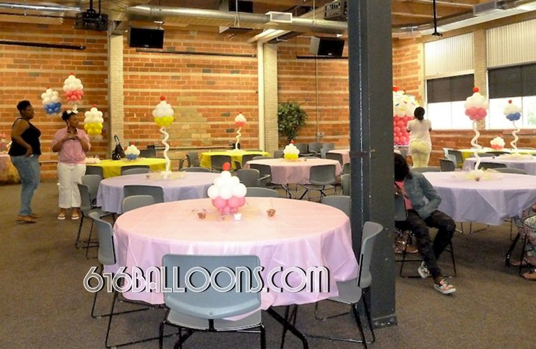 Baby shower cupcake balloon centerpieces, column and giant balloon cupcake sculpture by 616Balloons.com Grand Rapids, Michigan. Specializing in high end balloon art & decor for the best corporate or private parties and events in West Michigan.