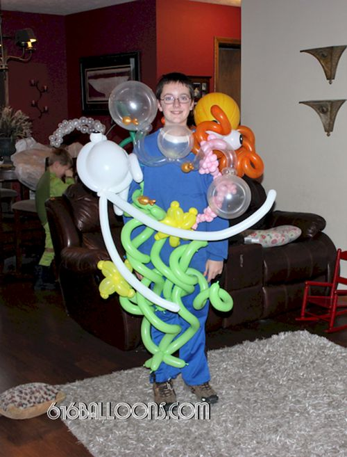 Under the sea balloon costume by 616 Balloons Grand Rapids, Mi. Premium balloon art & decor. Corporate events, private parties..