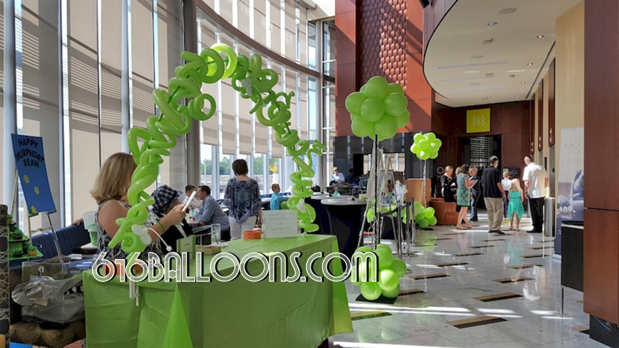 Gratitude Growing charity event vines & flower balloon table top arch & topiary columns at JW Marriott. 616Balloons.com Grand Rapids, Mi. Premium balloon art & decor. Corporate events, private parties..