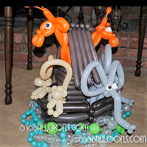 Noah's ark baby shower balloon sculpture by 616Balloons.com Grand Rapids, Michigan. Specializing in high end balloon art & decor for the best corporate or private parties and events in West Michigan.