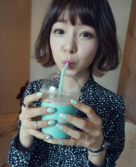 girl and fashion,Korean Girls,Korean,Model,Dream Girls,Korean Model,Korean Girl,korea, beautiful,Pop idol,Soi