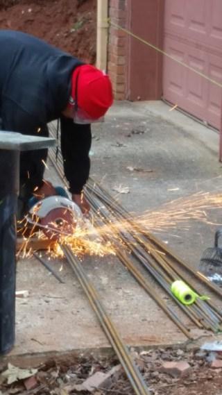 Cutting rebar