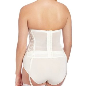Women's Full figure Lace Corset Bra. Light boning slims and cinches waists, curves hips and... , Wed, 13 Oct 2 021 12:01:22 +0100