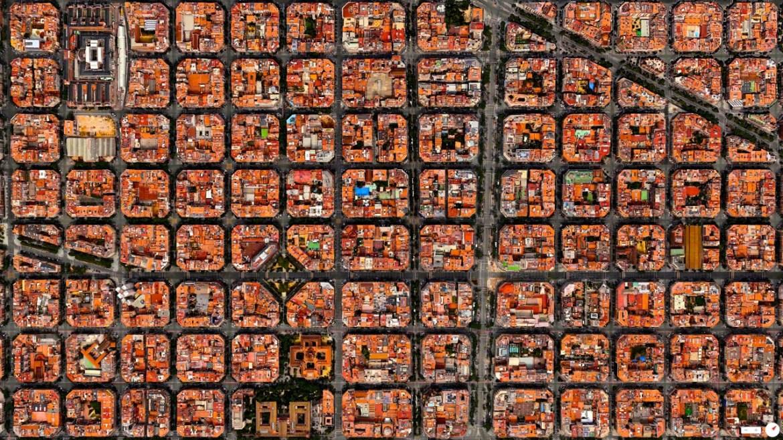 Eixample District Barcelona, Spain 41°23′27″N 2°09′47″E