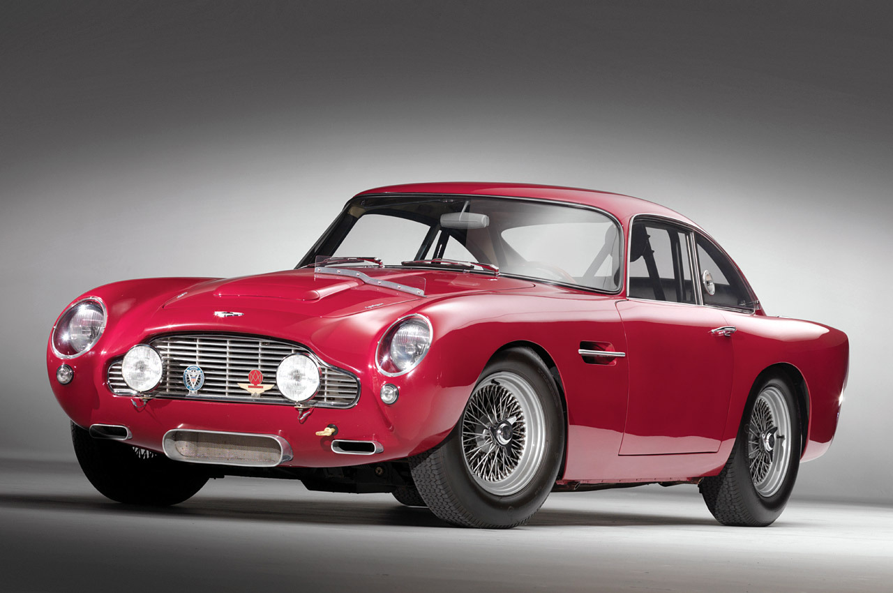 """ Aston Martin """