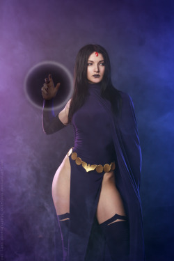 hotcosplaychicks:  Raven - DC comics by Kaori-Tasogare  Check out http://hotcosplaychicks.tumblr.com for more awesome cosplayWe're on Facebook!https://www.facebook.com/hotcosplaychicks