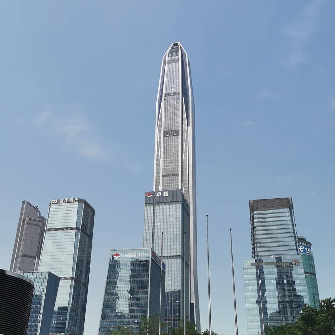 晴れてますなあ。 (Shenzhen, Guangdong)https://www.instagram.com/p/BwQmdkfgqUc/?utm_source=ig_tumblr_share&igshid=oo7rkhdwhkkx