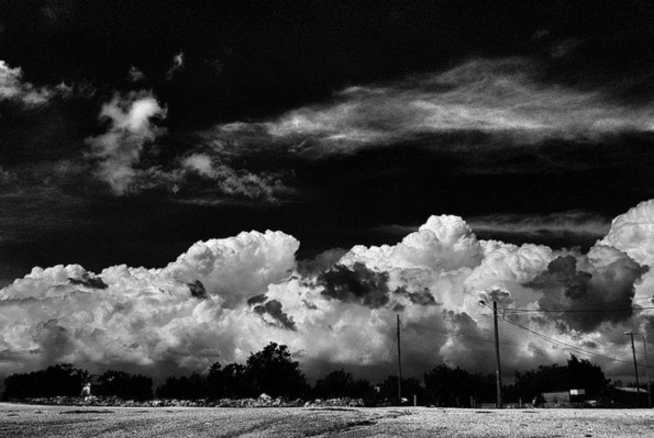 "de-salva:""  © Marcus Greco"""