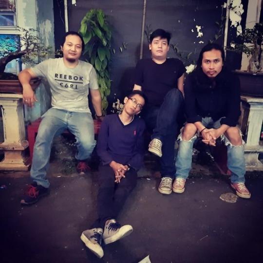 Provokasi Ganda - Anda and The Broken Jeans
