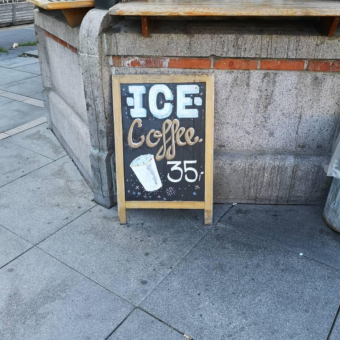 アイスコーヒーはどこでも飲めるようになったなあ。 (Copenhagen)https://www.instagram.com/p/Bn8H0SThmqU/?utm_source=ig_tumblr_share&igshid=1qc8hhvnooepl