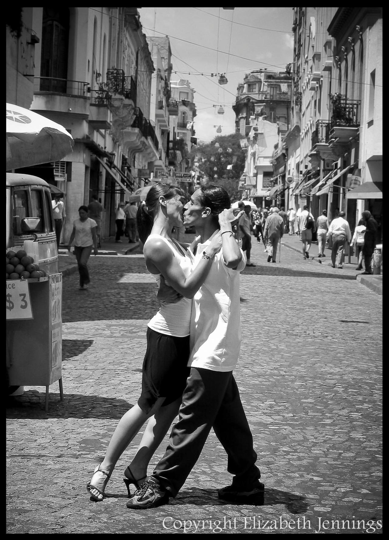 tango dancers Elizabeth Jennings