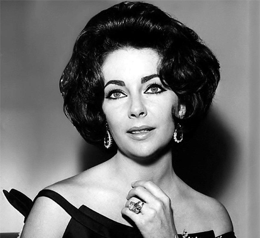 "sparklejamesysparkle: "" Elizabeth Taylor, 1961. """