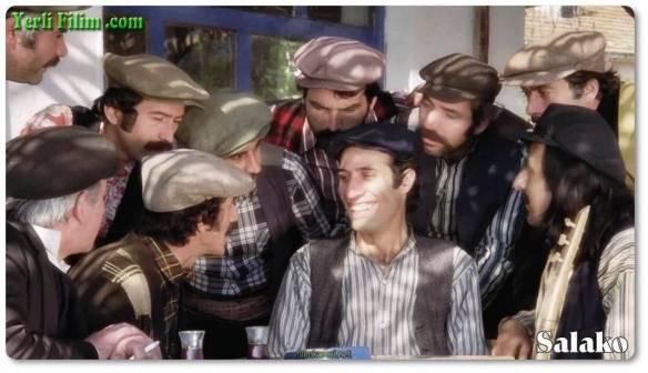 Salako,1974, Atıf Yılmaz,Kemal Sunal, İhsan Yüce, Meral Zeren, Feridun Çölgeçen, Kudret Karadağ,Yeşilçam,Türkiye,Türkçe,Nostalji,87 Dak.,