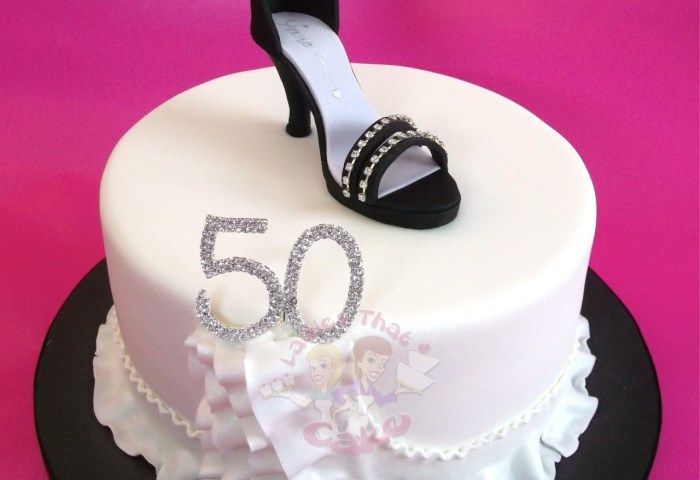 Ladies That Cake A 50th Birthday Cake For A Glamorous Lady
