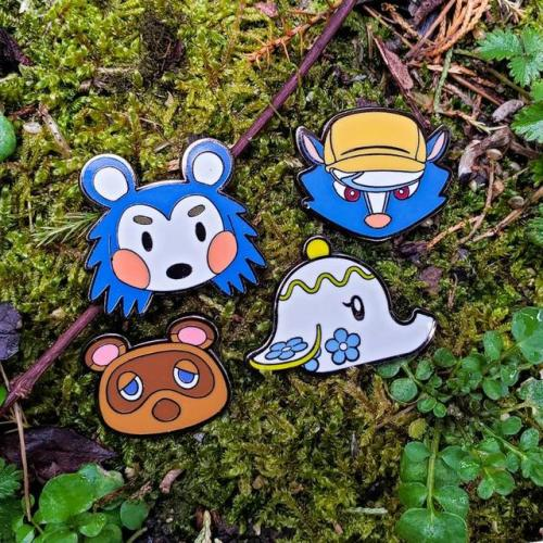 Retro Gaming News] Animal Crossing New Leaf Pins made by