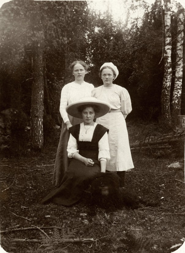 6ff424076a0b Young women and dog, 1910s, Sweden.