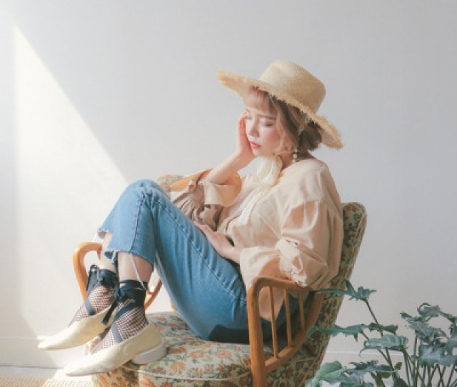 Stylenandagong Soo Ahfashionmodelwestern Lookmodern Cowgirlphotographyminimalismkorean Modelkorean