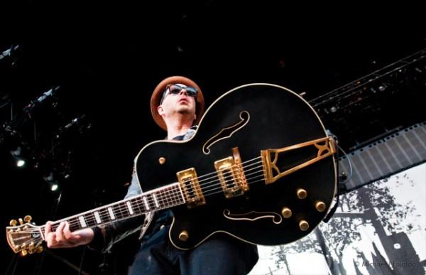 Glorified Guitars - Tim Armstrong's Signature Hollowbody ...