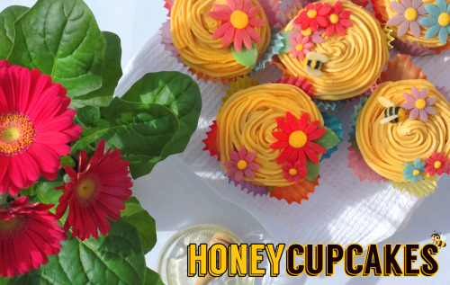 Mason Cash • Baking With Emily: Honey Cupcakes