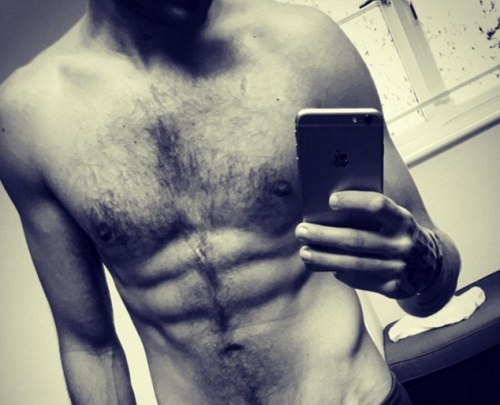 celebgosspb:    Liam Payne shows off six pack ahead of the... 25